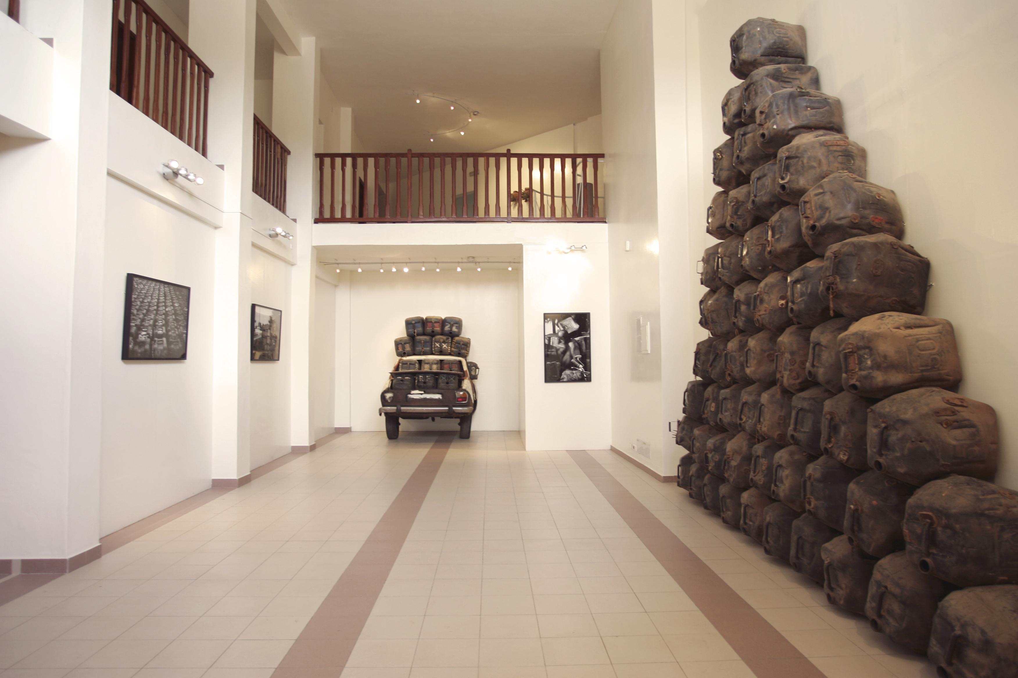 4.1ère Exposition _Romuald Hazoumè__ Fondation Zinsou