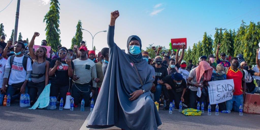 Pour la jeunesse d'Afrique : Mode guerre Activated